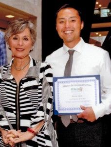 Peter Diep meets Senator Barbara Boxer at the Policy Summit