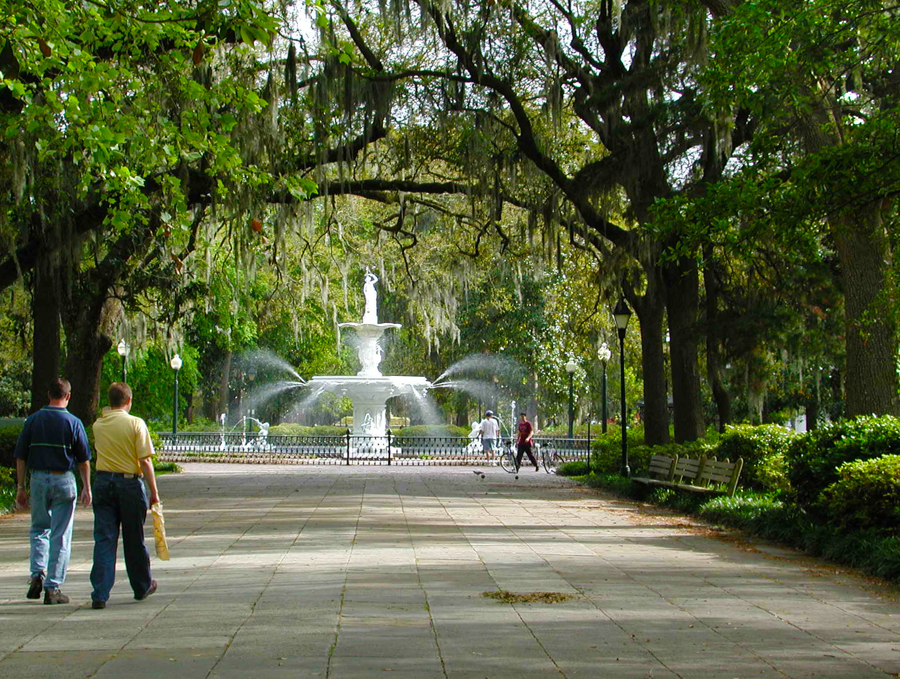 Large Parks Contiguous Green Spaces Key To A City S